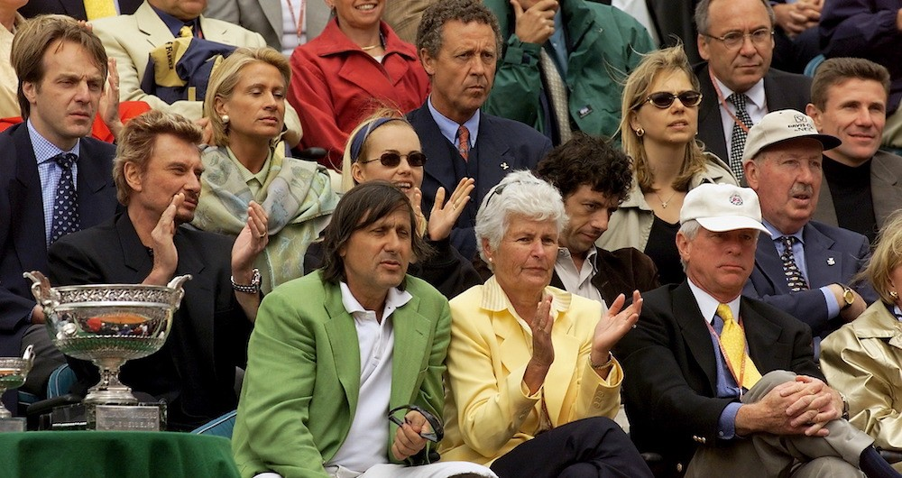 Levering supporting Andre Agassi in the French Open final in 1999. (Photo credit: Getty Images)