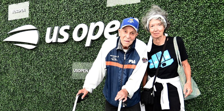 Septiembre 4 , 2019  - 99  años de edad, la leyenda del tenis Bob Ryland en la alfombra azul en el 2019  US Open. (Foto por Mike Lawrence / USTA)