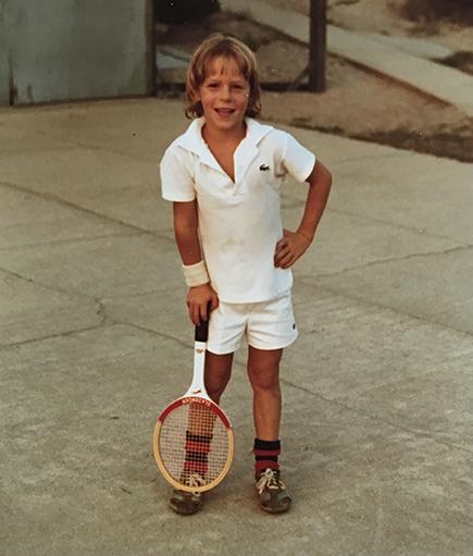 Nivola ha sido jugador de tenis desde los días de su juventud, y creció en la zona rural de Vermont.